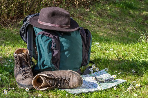 hiking-1312226__340